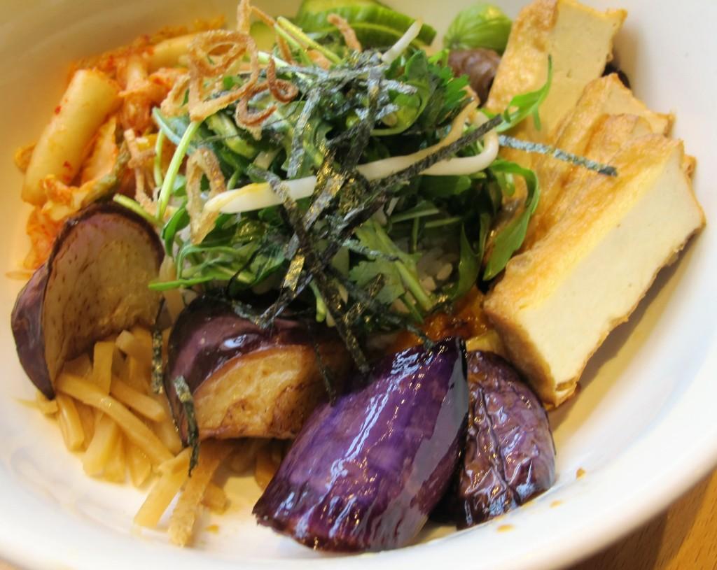 Tofu rice bowl at Boke Bowl in Portland, Oregon | vegetarianPDX