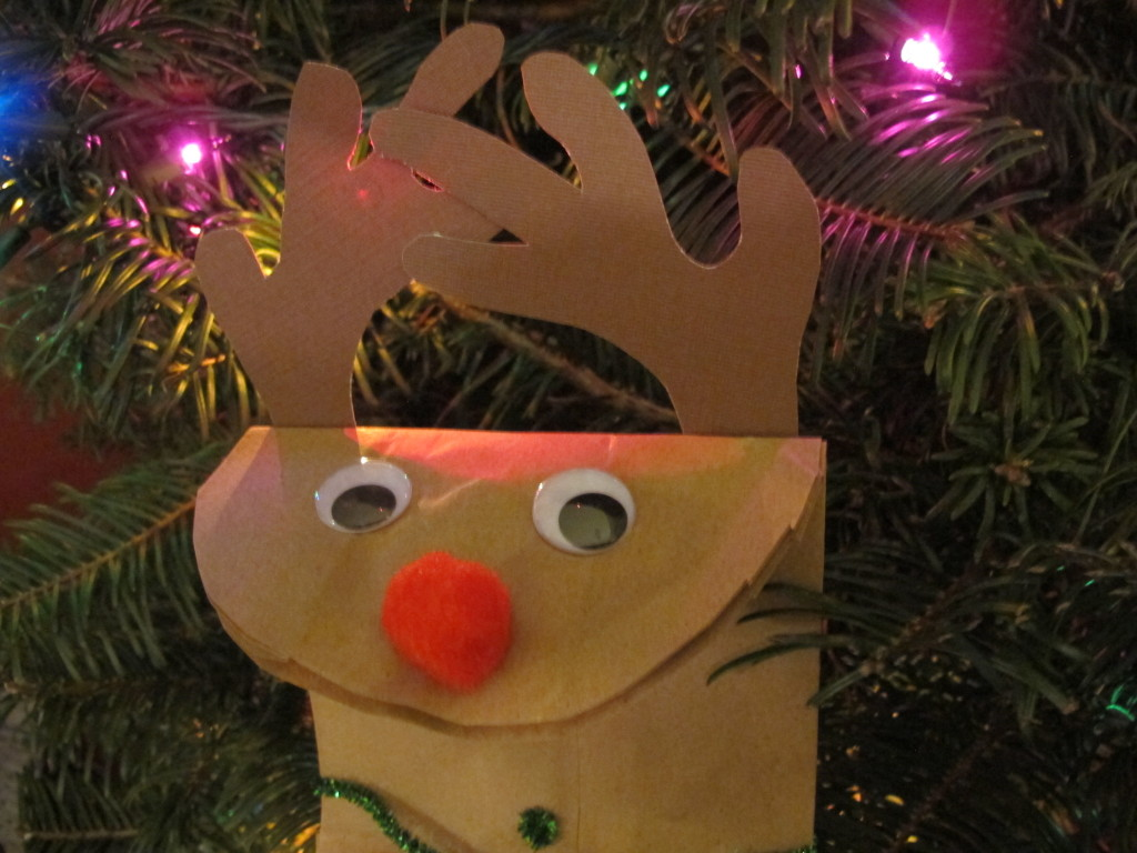 Craft time! Paper bag reindeer | vegetarianPDX
