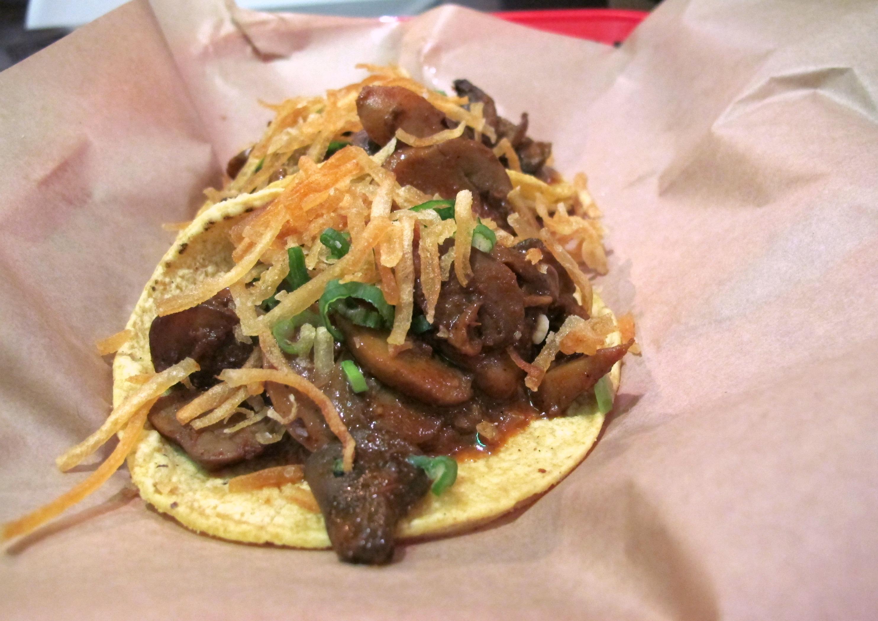 Vegan mushroom mole taco at Stella Taco in Portland, Oregon | vegetarianPDX