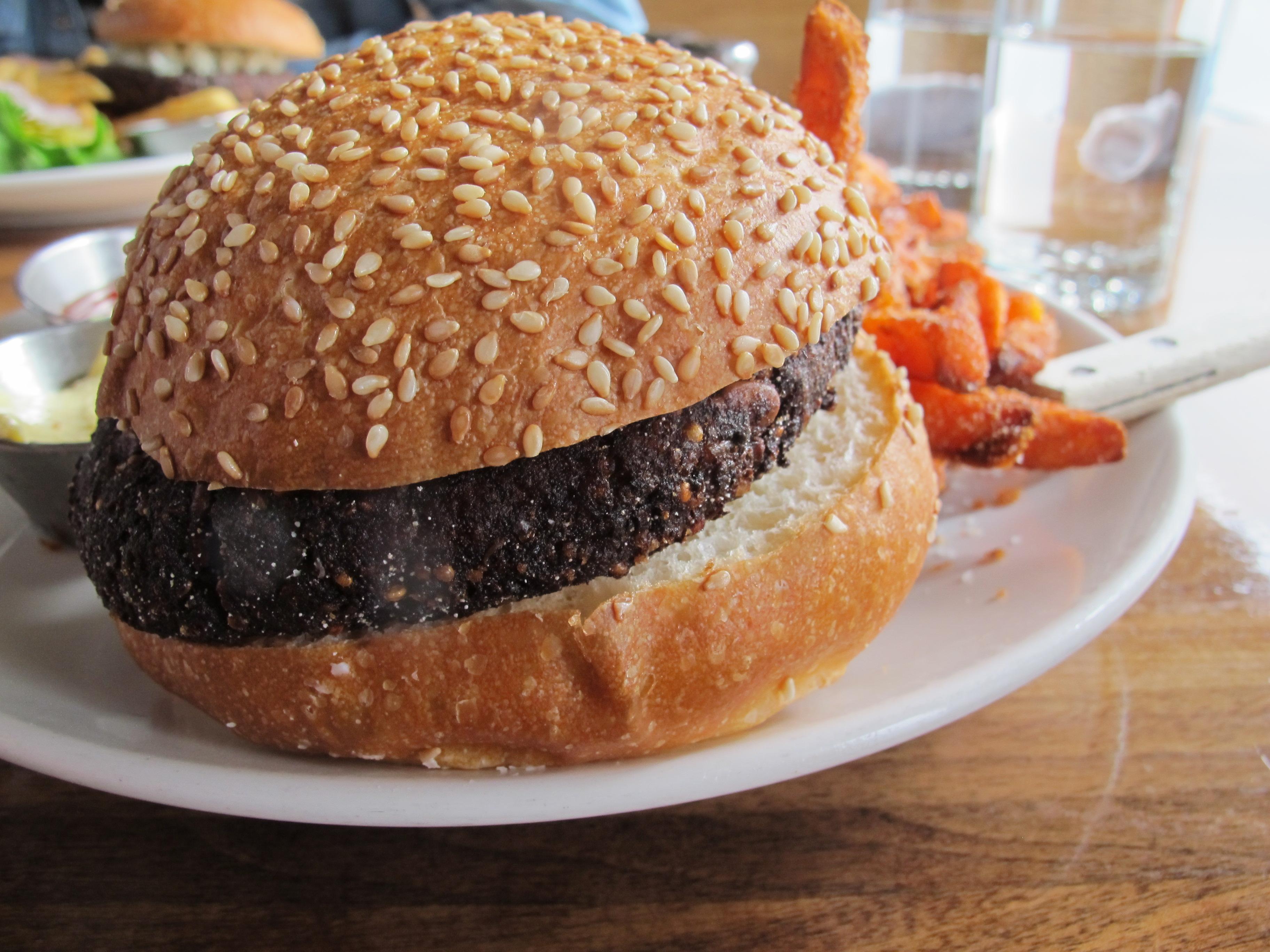 Veggie burger at The Observatory in Portland, Oregon | vegetarianPDX